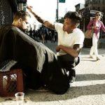 HUMANITARNOST <br> Frizer koji svojim frizerskim radom uljepšava život beskućnima