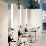 FRIZERSKI SALONI <br> Klinik, frizerski salon inspiriran izgledom bolnice